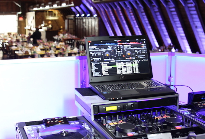 DJ & MC Entertainment | Golden Note Entertainment