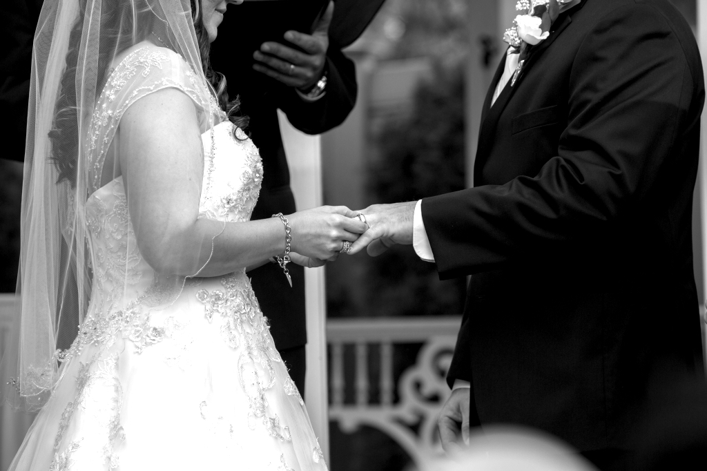 Officiating and Officiant Services | Reverend Siracusa | Golden Note Entertainment