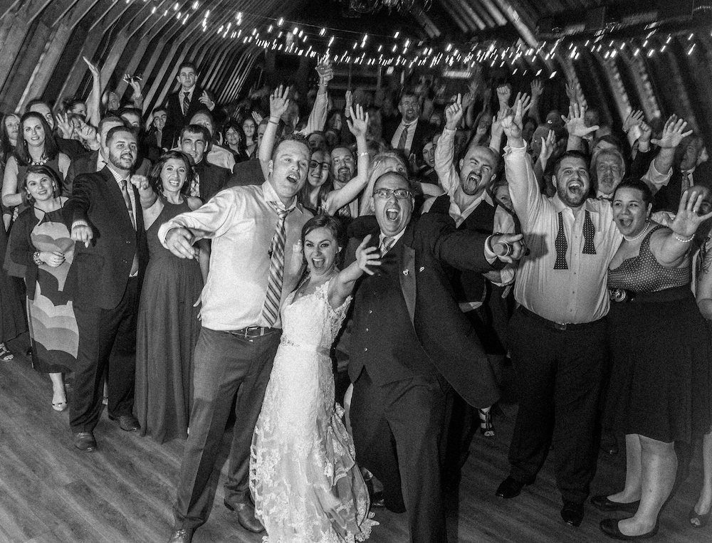 The Barn at Perona Farms - From Parris with Love | Golden Note Entertainment