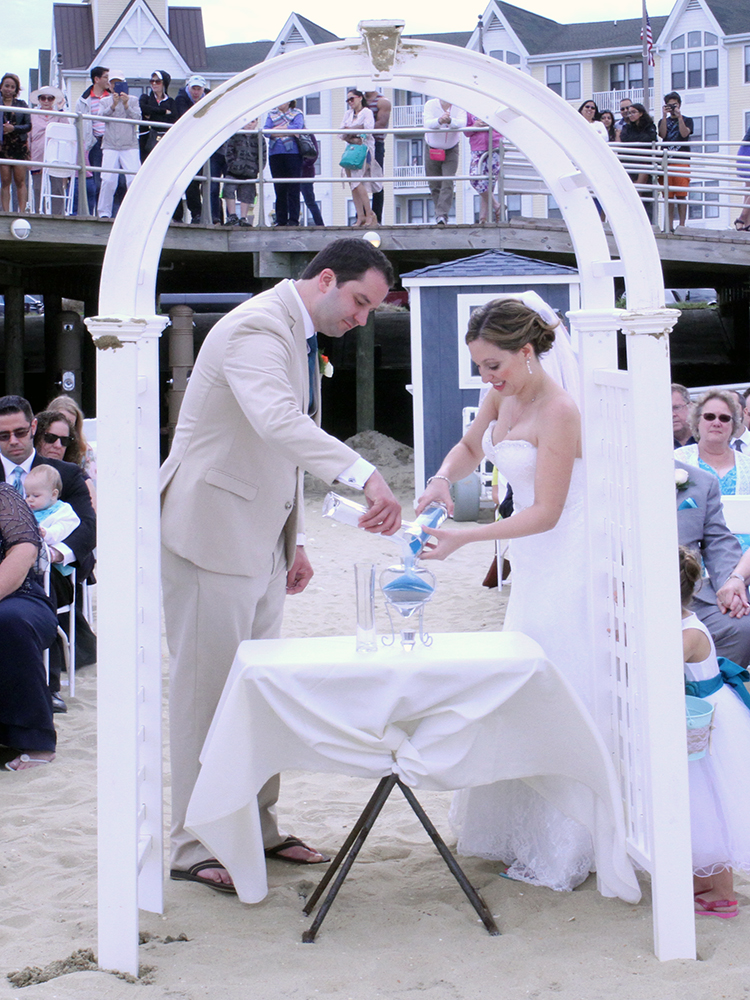 Bill and Valerie's Wedding - McCloone's Pier House | Golden Note Entertainment